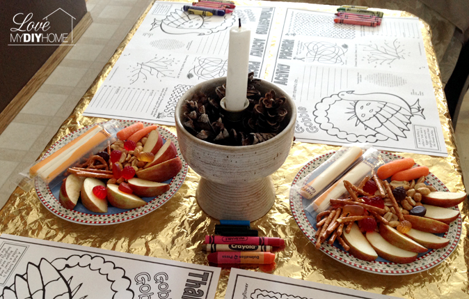 The Kids' Thanksgiving Table {Mom of Many}