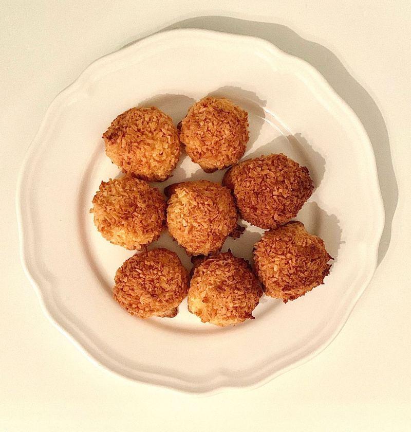 3 ingredient coconut cookies recipe