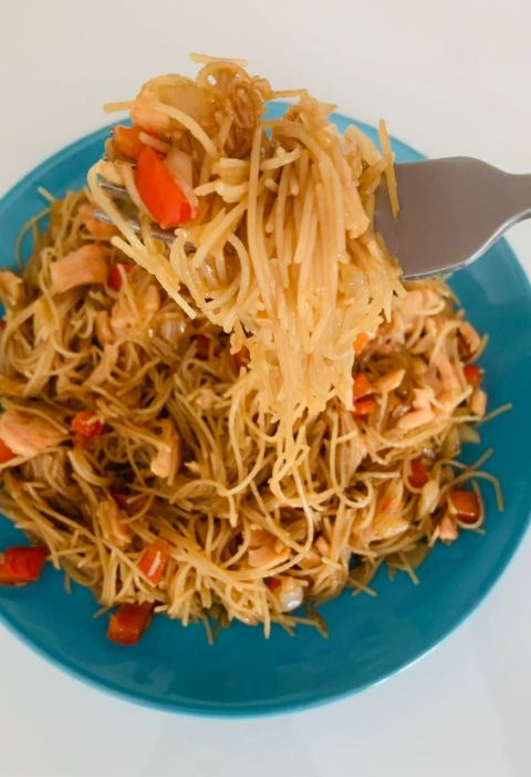 Rice Noodles with Red Fish