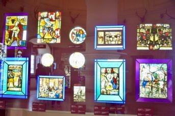 ペーナ宮殿のステンドグラス-1