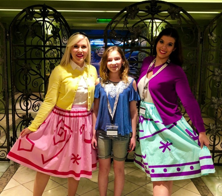 Ashley Eckstein and Ashley Taylor with my daughter - Magic and Motivation - Disney Social Media Moms Conference