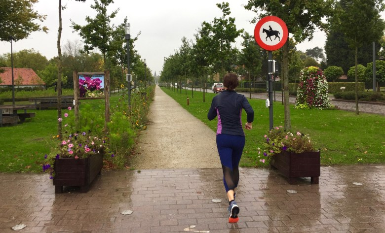 Moms run The City in Laarne met Greet Tanghe.