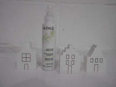 Review: Caudalie cleansing oil