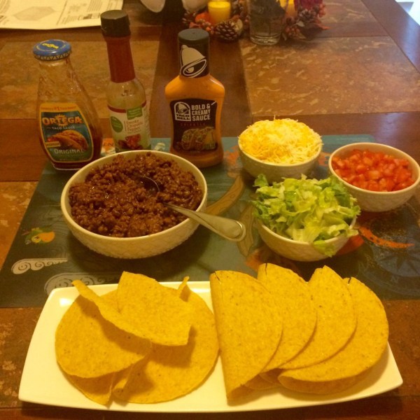 McCormick Taco with Chipotle and Garlic Skillet Sauce taco meat with toppings