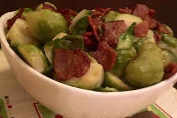 brussels sprouts with bacon thanksgiving recipe momsbistro #foolproofthanksgiving side dish easy