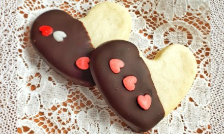 Heart-Shaped Sugar Cookies for Valentine's Day