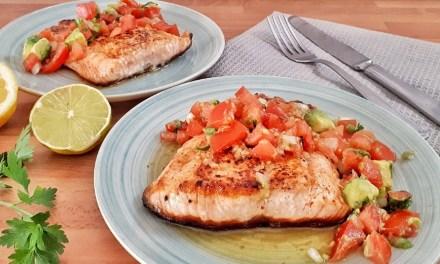 Seared Salmon with Tomato & Avocado Salsa – Keto & Low Carb