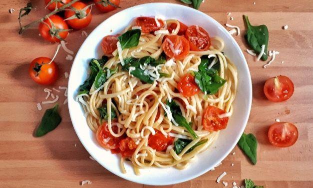Vegan Spinach Tomato Pasta