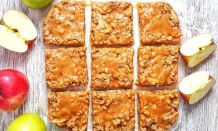 Paleo Apple Pie Crumb Bars