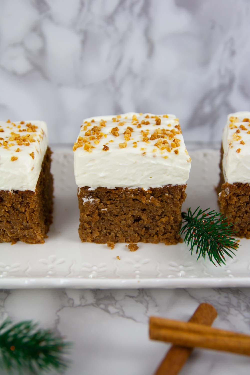 This deeply spiced and moist gingerbread cake is complete with swirls of mascarpone cheese frosting. A keto gingerbread dessert perfect for Holidays!