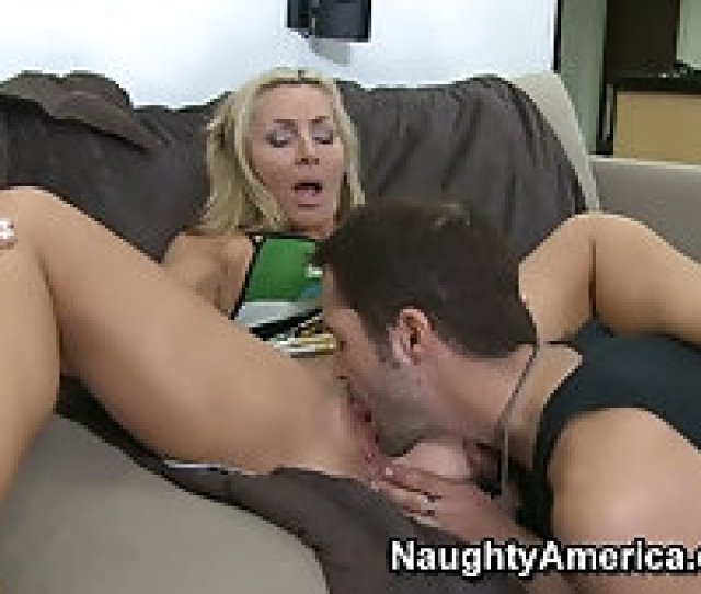 Naughty Blonde Milf Lisa Demarco Gets Her Tasty Pussy Pleasured