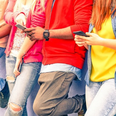 Teens, Tweens, and Technology: Keeping Them Safe and Setting Limits