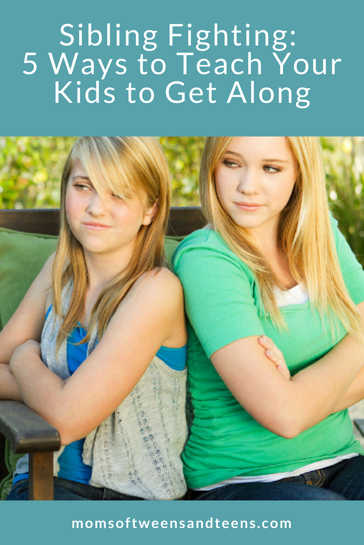 Are your kids fighting all the time? Here are some sibling argument tips to get you through the fights and create a peaceful family environment!