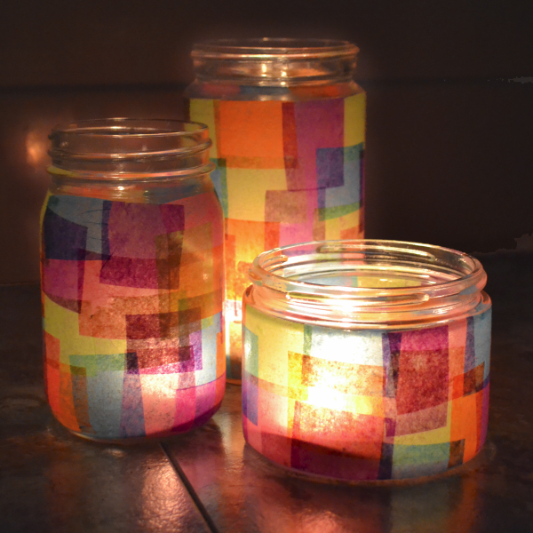 Faux Stained Glass Jars reciclados