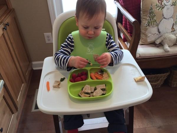 5 Ways to Stop Toddler Food Throwing @katieserbinski