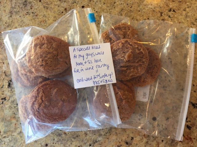 I left them a little sweet treat... peanut butter cookies! What a Mom!