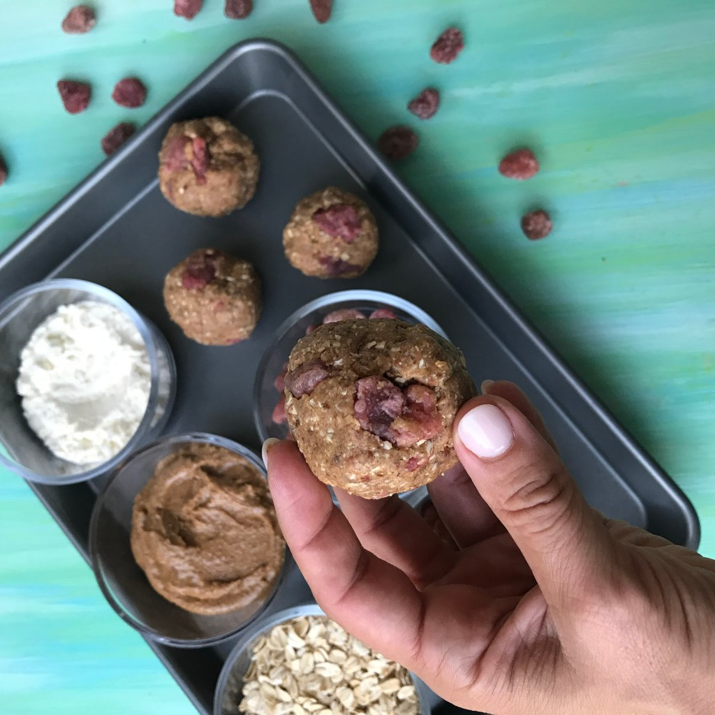 Strawberry Almond Protein Balls make the perfect protein-packed snack when you're kiddos arecraving something sweet AND nutritious. A perfect grab and go snack or lunchbox treat!