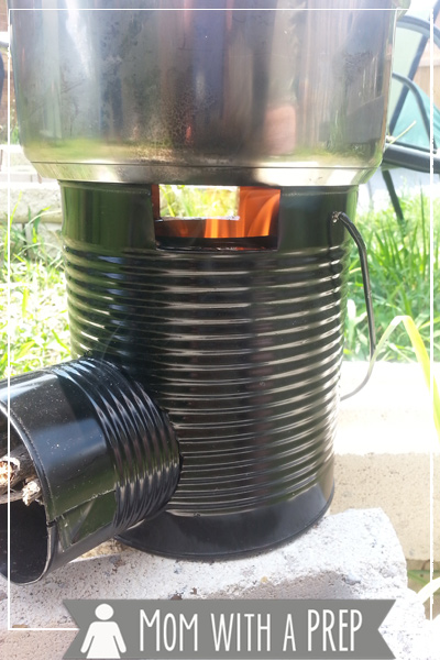 What's it like to cook a meal in about 3 minutes with only sticks and twigs? Check out my review of the Rocket Stove