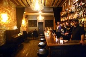 Experimental Cocktail Club barman