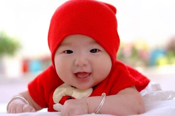 生後1~2ヶ月の赤ちゃんの体つきは?