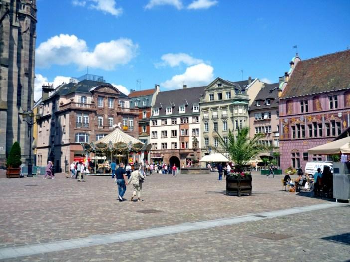 Place de la Réunion, Mulhouse © French Moments