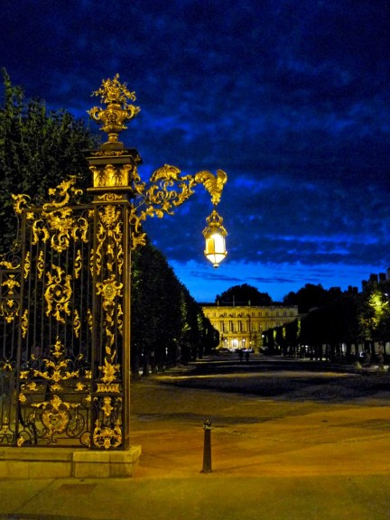 Nancy Place de la Carrière by night © French Moments