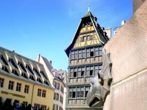 Place de la Cathédrale de Strasbourg © French Moments