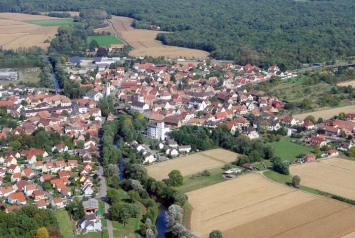 Prendre de la hauteur en Alsace - Ostheim © French Moments