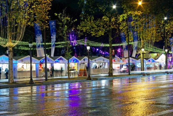 Marché de Noël des Champs-Élysées © French Moments