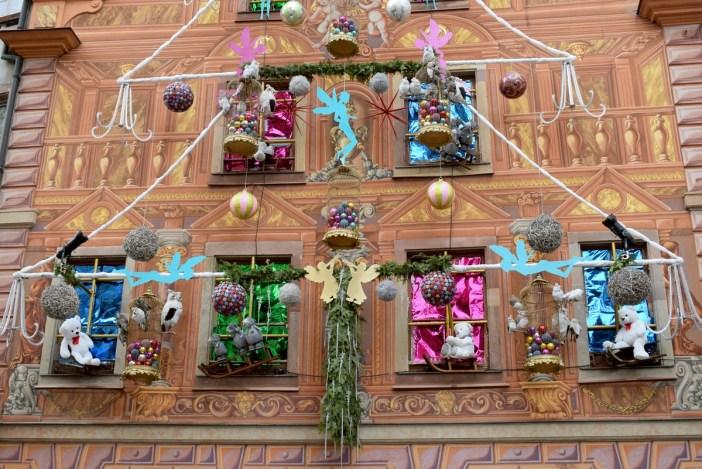 La façade décorée de la pâtisserie Christian à Strasbourg © French Moments