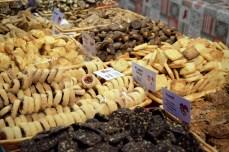 Une variété infinie de bredeles au marché des délices de Noël d'Alsace de Strasbourg © French Moments