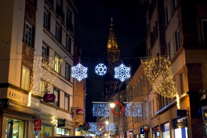 La rue Gutenberg illuminée pour Noël © French Moments