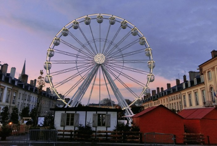 La Grande Roue sur la place de la Carrière à Nancy © French Moments