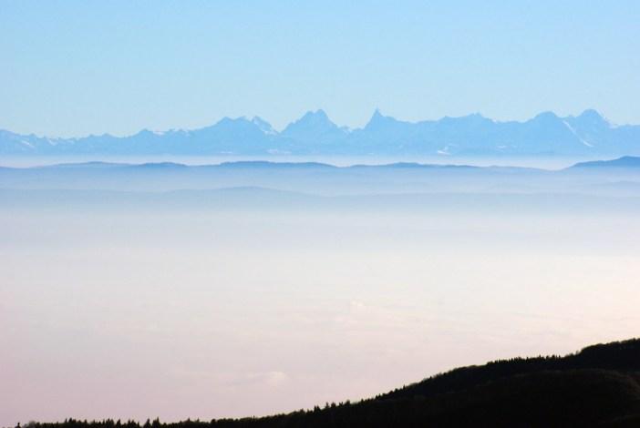 La vue des Alpes du sommet du Grand-Ballon © French Moments