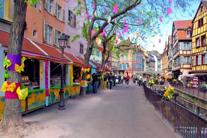 Le marché de Pâques à Colmar © French Moments