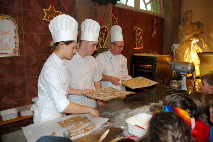 Atelier Bredele à la pâtisserie Gross à Obernai © Office de Tourisme d'Obernai