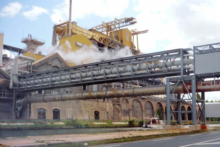 Lorraine industrielle - L'usine Solvay à Dombasle-sur-Meurthe © French Moments
