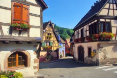 Niedermorschwihr, Alsace © French Moments