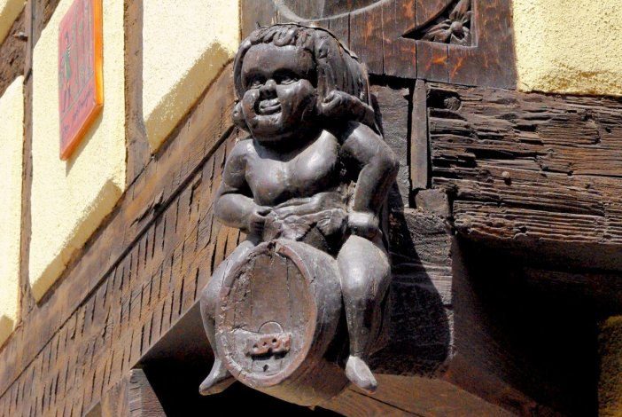 Poteau cornier, Maison Alsacienne à Turckheim © French Moments