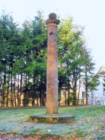 Colonne de Wingen © Peter 111 - licence [CC BY-SA 3.0] from Wikimedia Commons