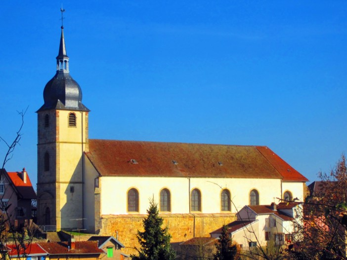 Eglise Saint-Rémy de Deneuvre © Aimelaime - licence [CC BY-SA 4.0] from Wikimedia Commons