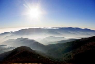 Soleil hivernal sur les sommets des Vosges © French Moments