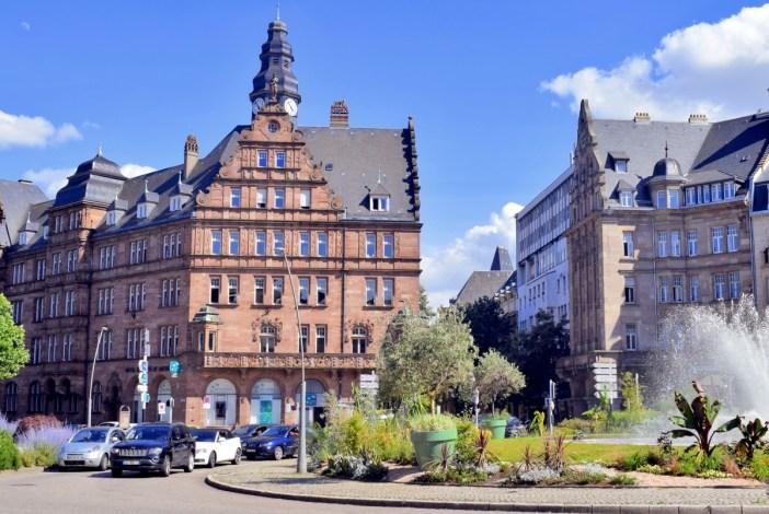 Place Raymond Mondon, Metz © French Moments