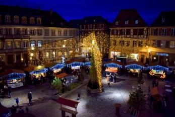 Le marché de Noël de Sélestat sur la place d'Armes © French Moments