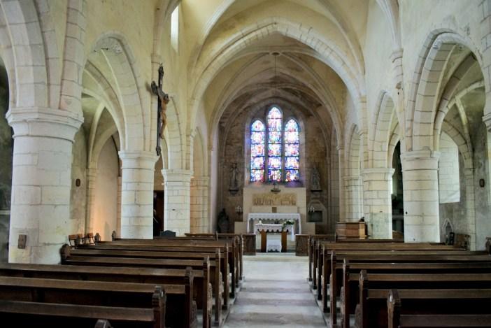 La nef de l'église St Maur à Hattonchâtel © French Moments