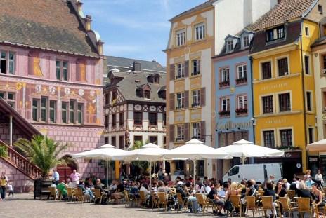 Place de la Réunion à Mulhouse © French Moments