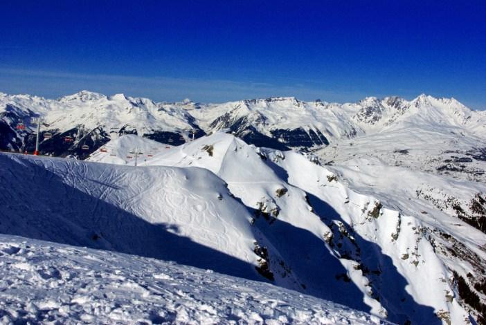 Panorama sur le Beaufortain depuis la Roche de Mio © French Moments