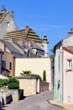 Rue Pierre Mouchoux à Meursault en Bourgogne © French Moments