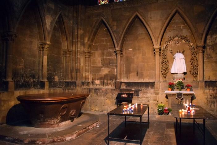 La cuve de porphyre dans la cathédrale de Metz © French Moments