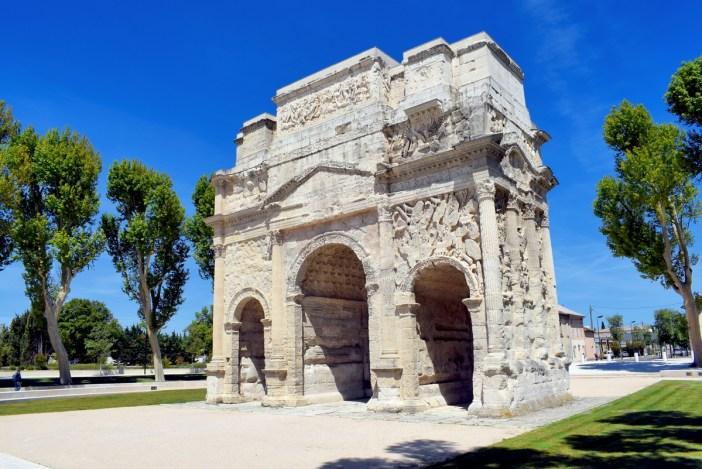 L'arc de triomphe romain d'Orange © French Moments